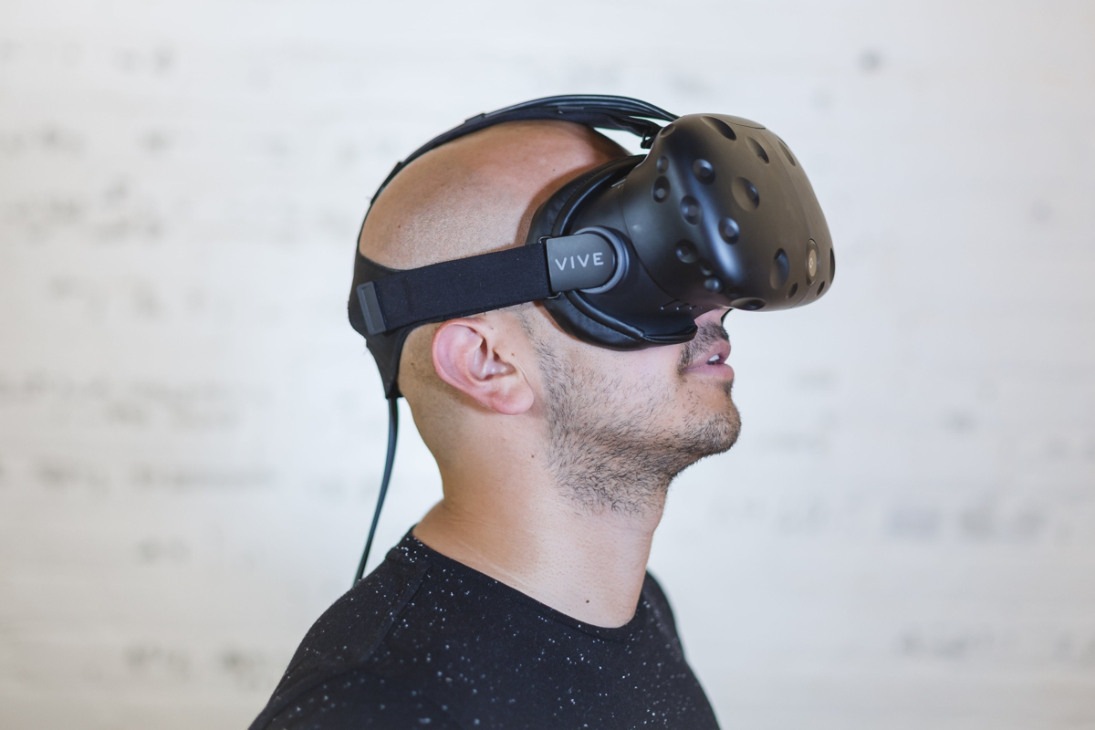 VR 10